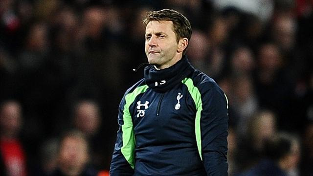 Football - Sherwood defends tactics