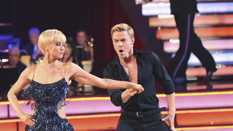 Kellie Pickler and Derek Hough (5/20/13)