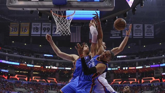 NBA - Clippers stun Thunder with comeback win to tie series