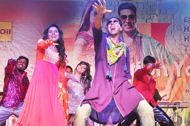 'Khiladi 786' will cross 100 cr mark