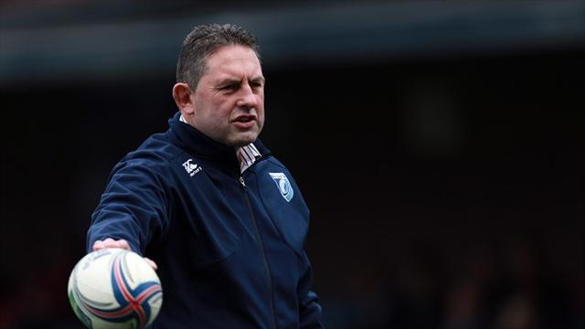 Rugby - Davies rues Blues indiscipline