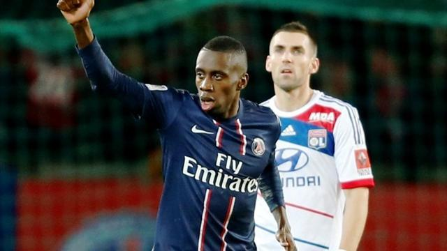 Ligue 1 - PSG defeat Lyon to go top