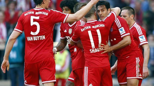 Football - European Review: Champions Bayern Munich falter, Juve's lead at top reduced