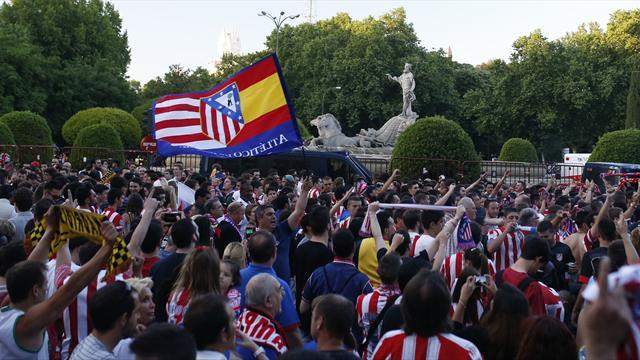 Liga - Madrid rocked by vast Atletico celebrations