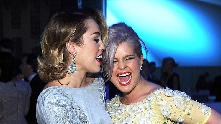 Miley Cyrus, Kelly Osbourne