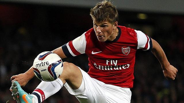 Premier League - Arshavin bemoans Arsenal fans' lack of passion