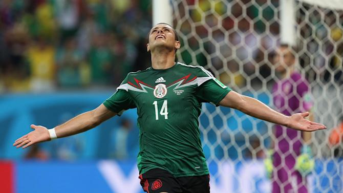 Liga - Man Utd striker Hernandez signs for Real Madrid