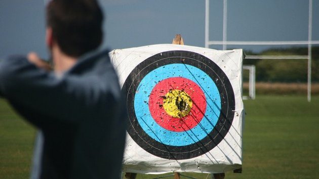 How To Write Facebook Promoted Posts That Won't Alienate Fans image archery target