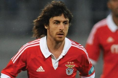 Ex-Benfica star Pablo Aimar set for Malaysia switch
