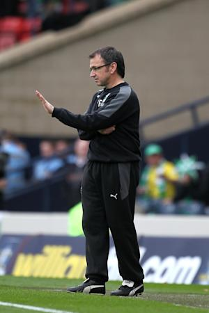 Pat Fenlon said his players had let the club's fans down