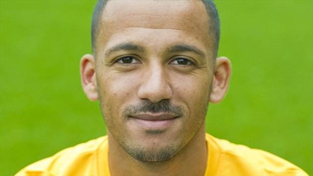 Lionel Ainsworth has extended his stay with Motherwell