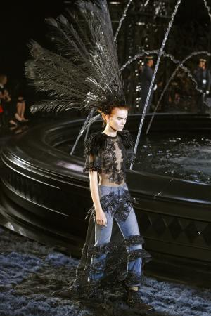 Marc Jacobs says farewell to Louis Vuitton
