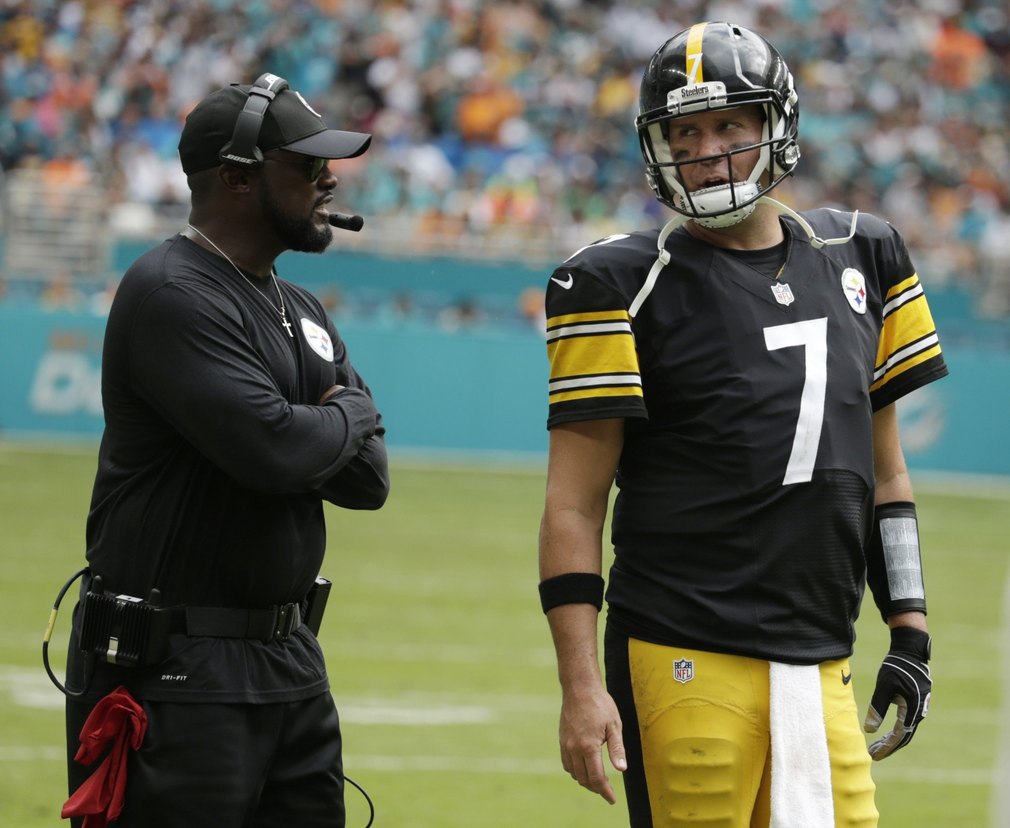 Ben Roethlisberger made sure to defend the Pittsburgh Steelers when asked about Julian Edelman's comments. (AP)