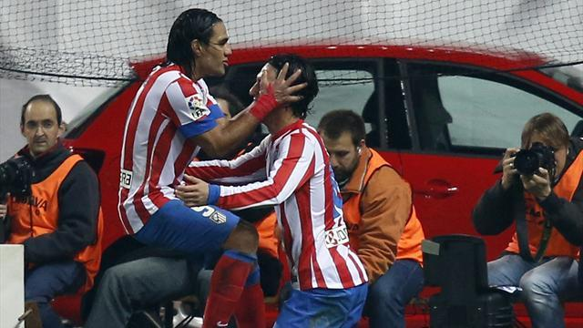 Spanish Liga - Atletico put four past Sevilla