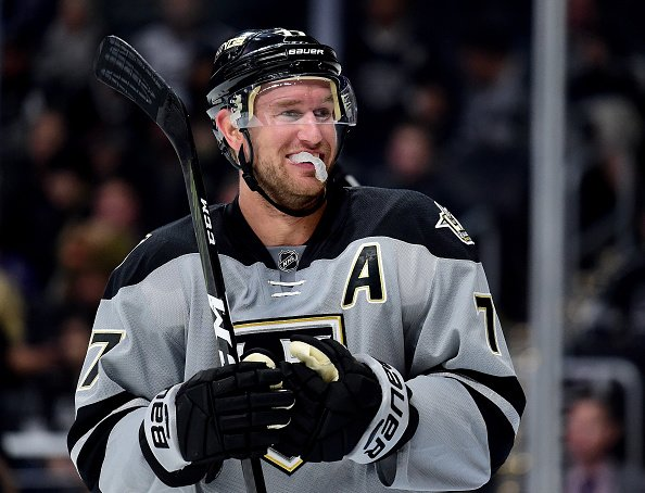 LOS ANGELES, CA - OCTOBER 22: Jeff Carter #77 of the Los Angeles Kings smiles during a 4-3 overtime shootout win against the Vancouver Canucks at Staples Center on October 22, 2016 in Los Angeles, California. (Photo by Harry How/Getty Images)