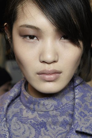 Metallic taupe eyeshadow at Richard Chai fall 2013. Photo courtesy of beautyeditor.ca