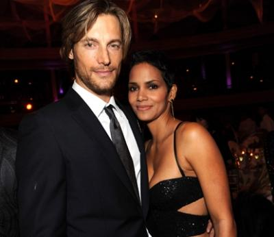Halle Berry and partner Gabriel Aubry at Keep a Child Alive's 6th Annual Black Ball at the Hammerstein Ballroom in New York City on October 15, 2009 -- WireImage