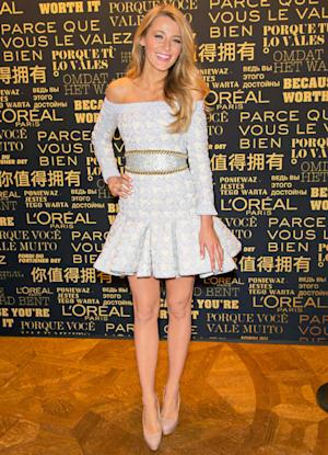 Blake Lively Eats Chocolate Daily, Doesn't Diet, Doesn't Need a Trainer to Stay In Shape