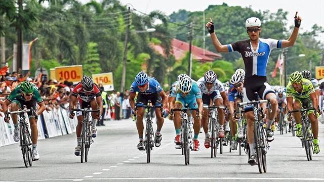 Cycling - Bos victorious in Langkawi opening stage