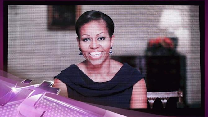 Entertainment News Pop: Beyonce's Chicago Concert: Michelle Obama And First Daughters Sighted In The Crowd!