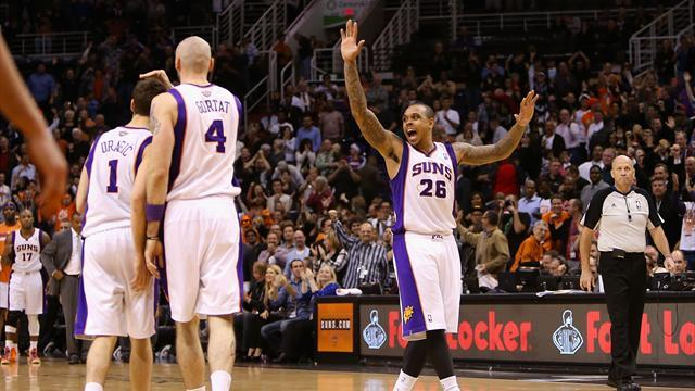 NBA - Suns scorch Bulls to end road drought