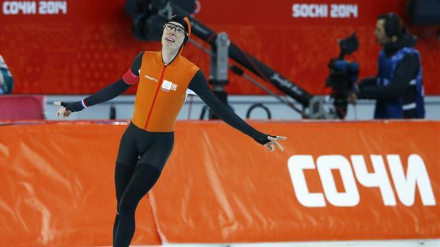 Speed Skating - Bergsma upsets Kramer to win 10k in another Dutch sweep