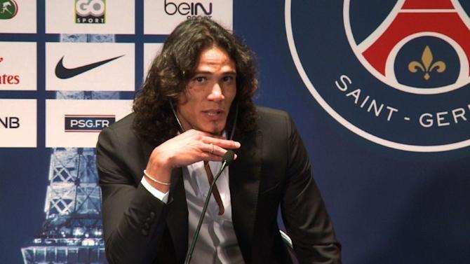 Cavani joins PSG in record French transfer