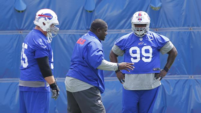 Bills DT Dareus reports for mandatory practice