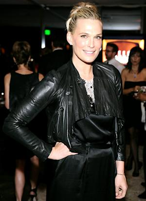 "Molly Sims Was ""Jealous"" of Claire Danes' Post-Baby Bod, Gained Nearly 65 Pounds While Pregnant"