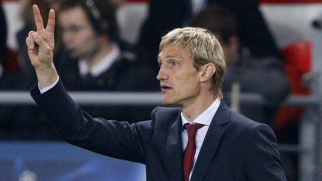 Bundesliga - Leverkusen sack coach Hyypia after Hamburg defeat