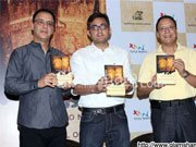 Vidhu Vinod Chopra to make a film on Rahul Pandita's book