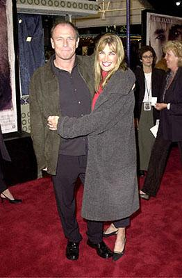 Premiere: Corbin Bernsen and Amanda Pays at the Westwood premiere of 20th Century Fox's Cast Away - 12/7/2000