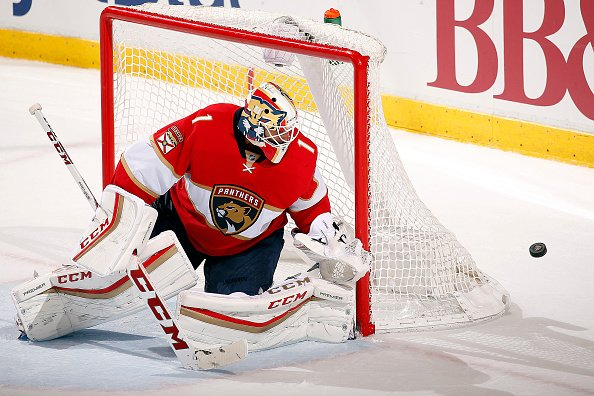SUNRISE, FL - DECEMBER 10: Goaltender Roberto Luongo #1 of the Florida Panthers defends the net against the Vancouver Canucks at the BB&T Center on December 10, 2016 in Sunrise, Florida. (Photo by Eliot J. Schechter/NHLI via Getty Images)