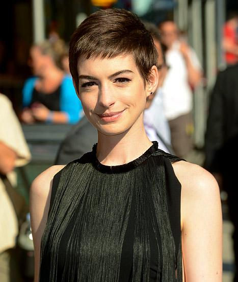 "Anne Hathaway on Haircut: I Was ""Mental Patient Level of Crying!"""