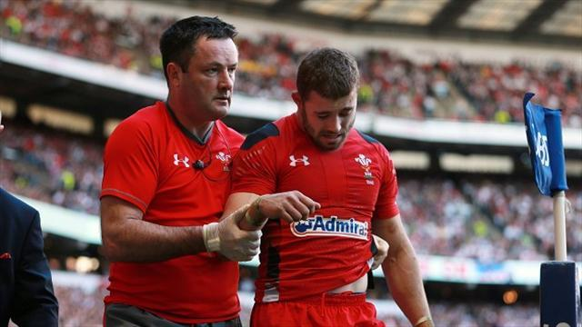 Rugby - Injury ends Halfpenny's season