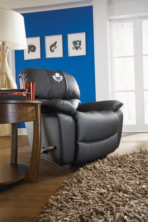La-Z-Boy chair hockey nhl