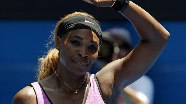 Australian Open - 'Paranoid' Serena survives heat to advance in Melbourne