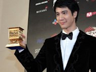 Joey Yung and Wang Leehom wins at 2012 MAMA