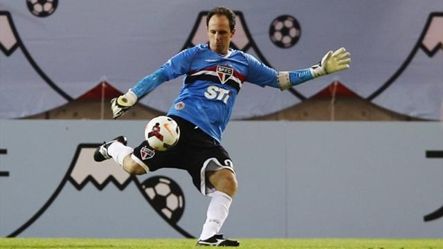 South American Football - Ceni talked out of retirement for one more season