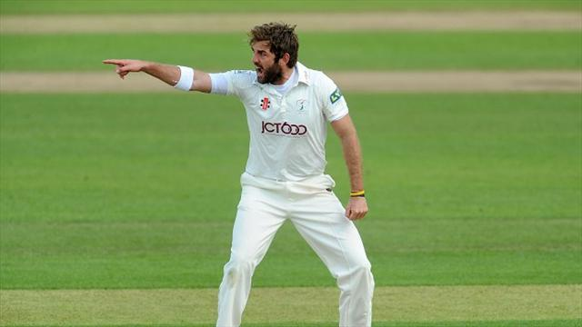 County - Yorkshire win to top table, Essex assume control
