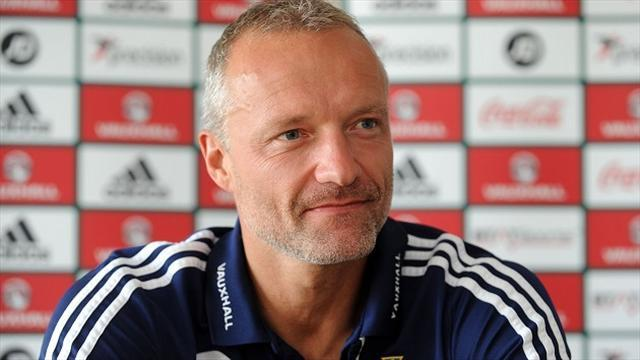 World Cup - Taylor: O'Neill deserves new deal