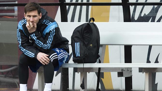 Liga - Lionel Messi injury worry: foot pain rules star out of Argentina game