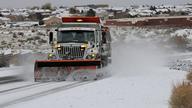 Thanksgiving Storm Moves East, Could Snarl Holiday Travel for Millions