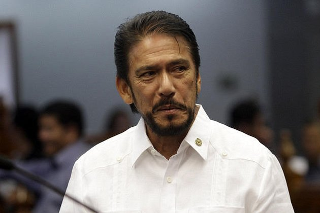 Senate Majority Floor Leader Senator Vicenter Sotto III is seen at the plenary hall of the Senate in Pasay City, south of Manila, 10 September 2012. (Voltaire Domingo/NPPA Images)