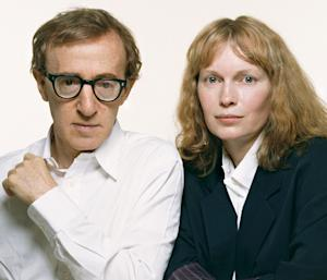 Mia Farrow Allegedly Gave Woody Allen Scary Valentine's Day Card Back In 1992, Threatened Director's Life