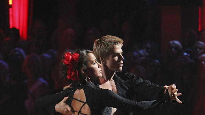"""Derek Hough and Jennifer Grey perform on """"Dancing with the Stars."""""""