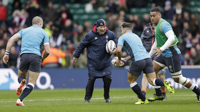 England head coach Eddie Jones (C) during the warm up before the game