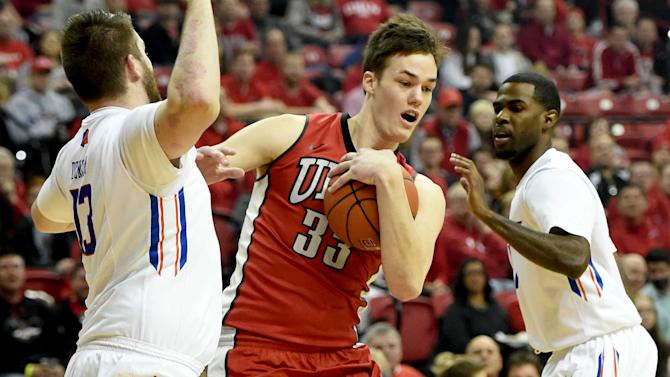 UNLV 7-footer, potential first-round NBA pick Stephen Zimmerman out indefinitely