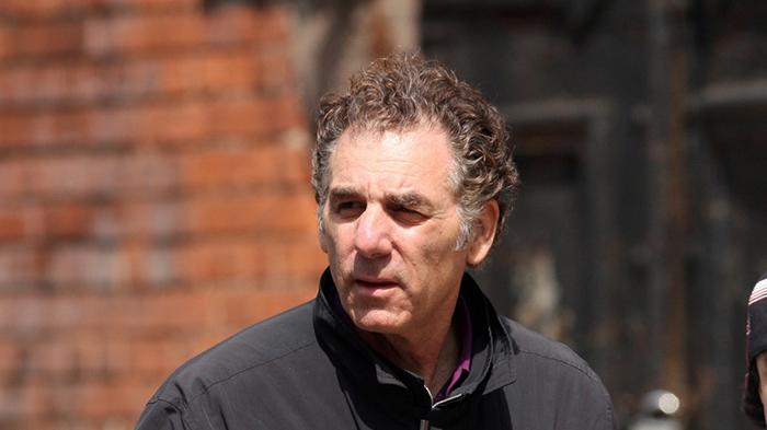 **EXCLUSIVE**Actor and comedian Michael Richards wanders around Soho taking pictures of random people