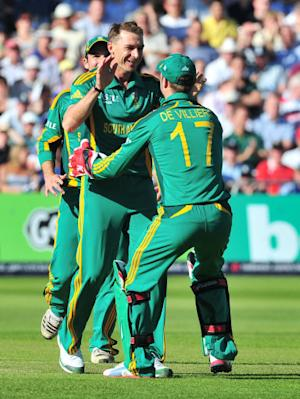South Africa enjoyed a 10-wicket victory over Zimbabwe